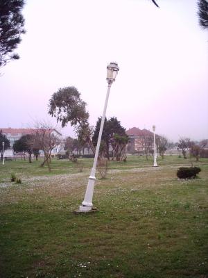 farola-parque-ris.jpg